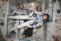 Samantha_Terry_and_Anton_in_Sokol_suit