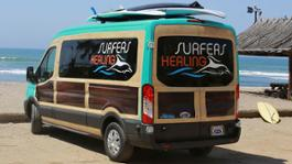 5-Surfers-Healings-Woody-Van