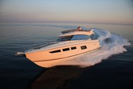 luxury-yachts-PRESTIGE_550_13406360372ext-7e190f7d