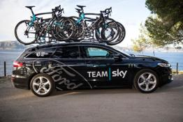 Ford Mondeo estate in Team Sky colours