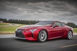 2016_NAIAS_Lexus_LC_500_003