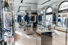 03_Bugatti_Opening_Munich_Showroom-Boutique