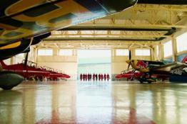 AP-1P4H1QQRH1W11 Action Clip Clean - Red Arrows meets Red Bull Air Race Long
