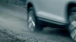 SKODA KODIAQ driving teaser