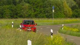 01 Opel Zafira RoughCut Red