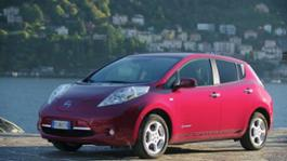 Nissan LEAF 30kWh B Roll static Lake Como Italy