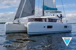 cata-lagoon-42-best-boat-of-the-year-cruising-world