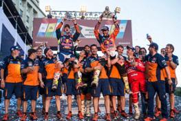 Matthias Walkner, Sam Sunderland, Gerard Farres Guell & Team Podium Dakar 2017-1