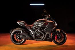 1-Ducati Diavel Diesel 01
