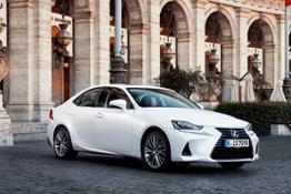 2017-lexus-is-300h-static-1