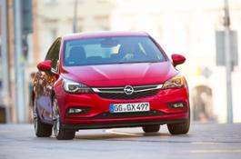 Opel-Astra-297475