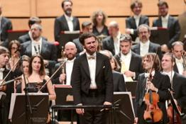 Stanislav Kochanovsky dirige laVerdi con Yury Revich violino solista - foto Paolo Dalprato  (1)