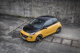 Opel-ADAM-BLACK-JACK-306067