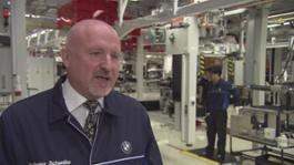 Tafel: Karl Heinz Schwabe, Leiter Planung und Projekte Powertrain, Shenyang