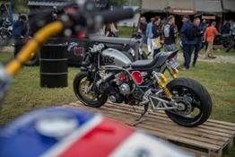 109832 Honda at Wheels and Waves