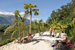 Spiaggia-ai-Giardini-di-Sissi