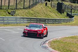 2018-Chevrolet-Camaro-ZL1-1LE-011