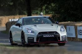 426196104 Nissan GT R NISMO at the Goodwood Festival of Speed