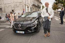 21194028 Renault official partner of the Angouleme French language film festival