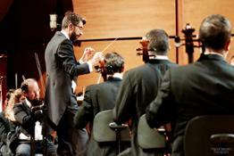 Jose Antonio Montano dirige laVerdi con Jorge Luis Prats al piano 14 ott 2016 - foto Paolo Dalprato (8)