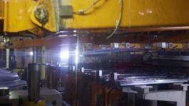 170831 New Nissan LEAF plant broll
