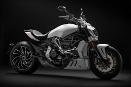 1-Ducati XDiavel S 01