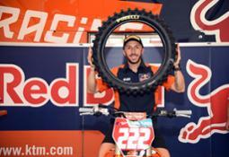 Antonio Cairoli con i pneumatici Pirelli