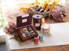 Fall in Love Gift Sets Group Landscape