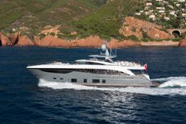 35m-exterior-grey-hull-11