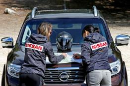 Nissan Navara heads to America for 2 000 km tough and smart women only