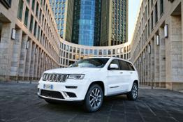 170127 Jeep Grand Cherokee Summit 1