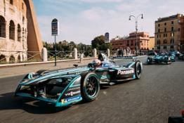 Jaguar I-TYPE 2 drives around the Colosseum