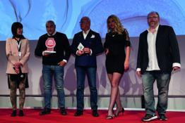 B-Selfie Award 01 hires