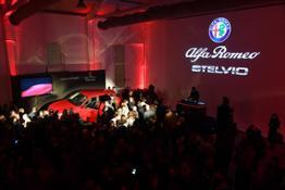 171124 Alfa-Romeo Ambassador- Moroder 12
