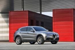 170222 Alfa-Romeo Stelvio 90