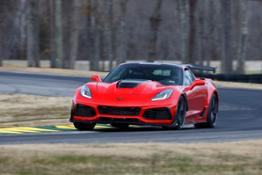 2019-Chevrolet-Corvette-ZR1–VIR-Lap-Record-Holder-01