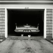 06 -VIVIAN-MAIER-JULY-1957-CHICAGO-SUBURB-PALAZZO-PALLAVICINI-BOLOGNA-copyright-Vivian-Maier-Maloof-Collection-Courtesy-Howard-Greendberg-Gallery-New-York