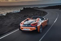 P90285378 highRes the-new-bmw-i8-roads