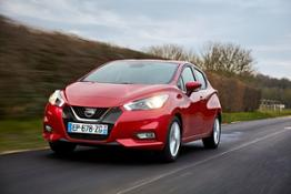 426212477 Nissan Micra - Passion Red