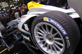 FIA-FORMULA-E-un-pneu-18-pouces-sur-une-monoplace-!