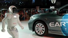 All-New_ASIMO_Travels_to_Moscow_to_Make_its_Public_Debut_in_Europe (1)