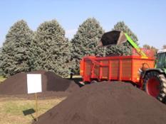 Compost pronto per l'utilizzo nel settore del verde pubblico_Fonte Centemero