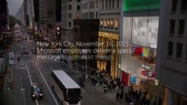 Microsoft spreads the spirit of the season on 5th Ave (TV Commercial)