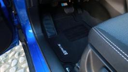 Suzuki SCross statiche interne