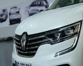 2016 - New Renault KOLEOS - Exterior design genesis press B-Roll