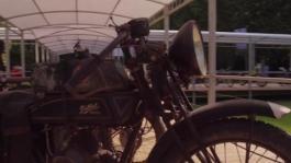clip Sfilata moto villa Erba 2017