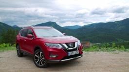 New Nissan X Trail Static B Roll Red Pearl