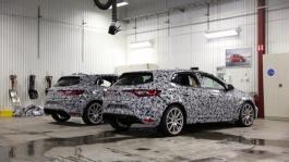 21195457 2017 B roll press New Renault MEGANE R S genesis Cold weather tests