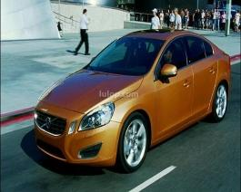 Volvo S60-Driving footage in city