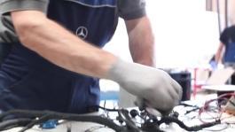 clip restauro della Mercedes Ponton 220a